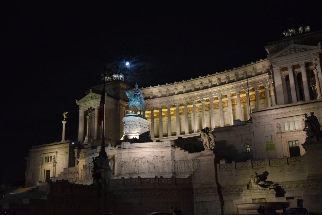 L'altare della Patria, Roma - Italiano al Caffè