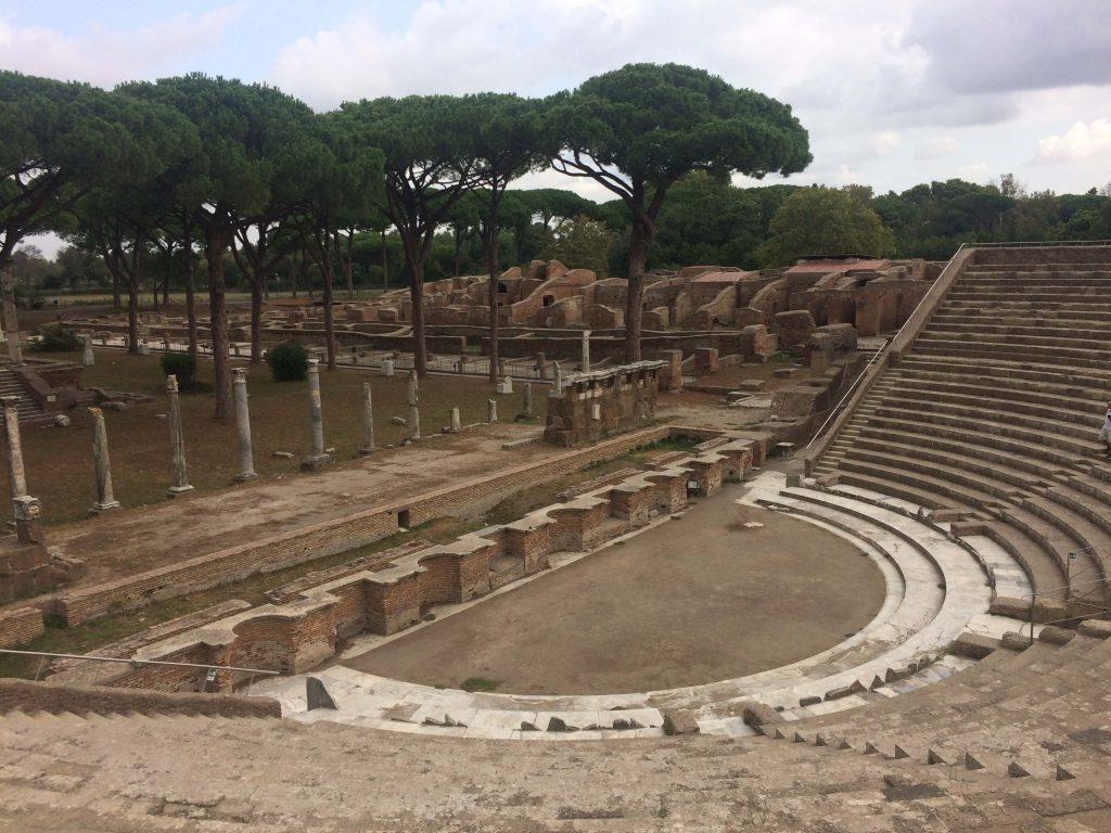 Teatro - Ostia Antica